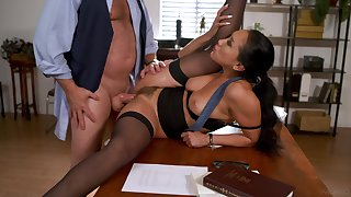 Asian woman gets the boss in the matter of drill her hairy cunt be useful to a big raise