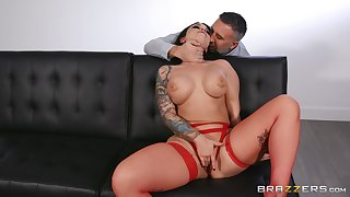 Erotic castle in the air for the busty brunette with another man